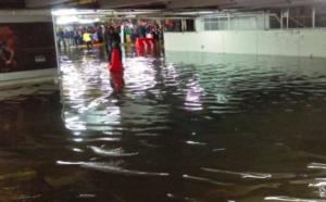 Metro bajo el agua