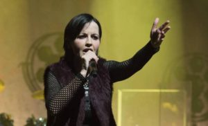 Muere Dolores O'Riordan, vocalista de The Cr ...